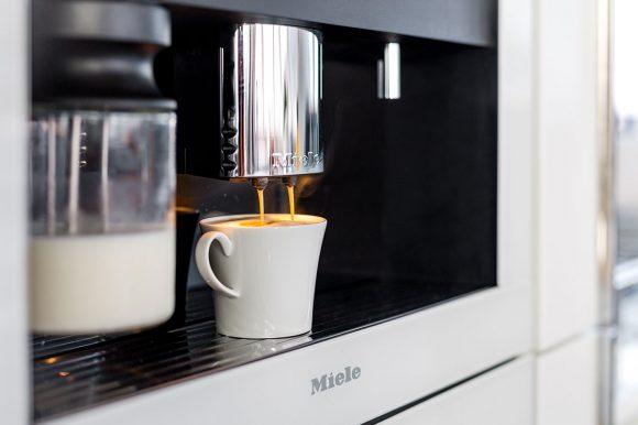 ADEA-coffee-machine